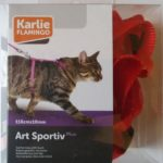 arnes-gato-karlie-rojo