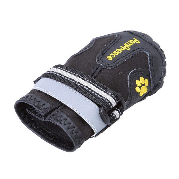 Zapato negro deportivo trecking perros
